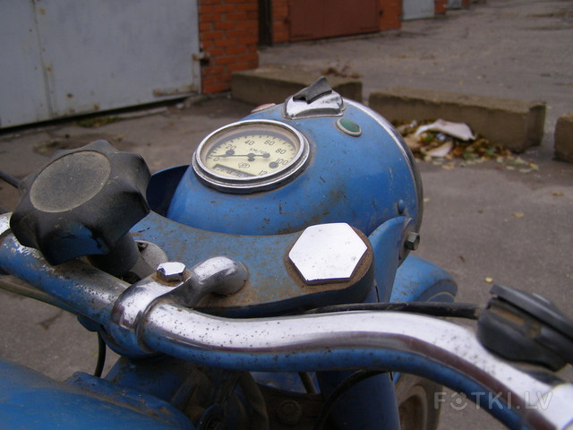 http://pic2.fotki.lv/photos2/8/W0002881/000288075/000028807444_%23_2_%23_motociklistins.jpg